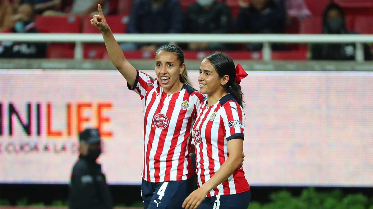 Chivas femenil golea y duerme como líder del Apertura 2021