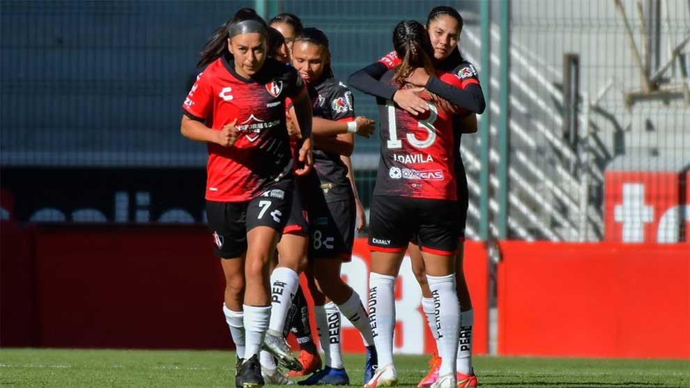 Con hat-trick de Alison González, Atlas vence 3-2 a Toluca