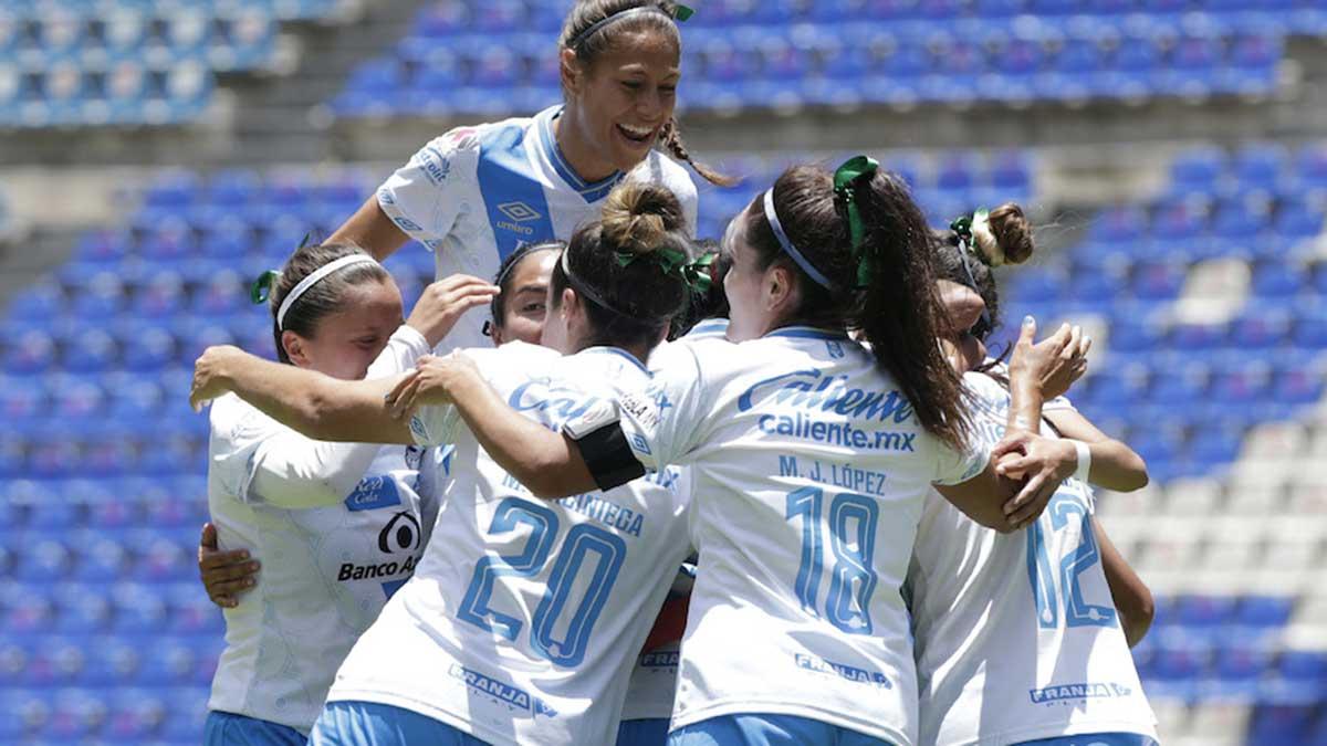 ¡Gran debut de Puebla femenil! Remonta y gana ante León femenil