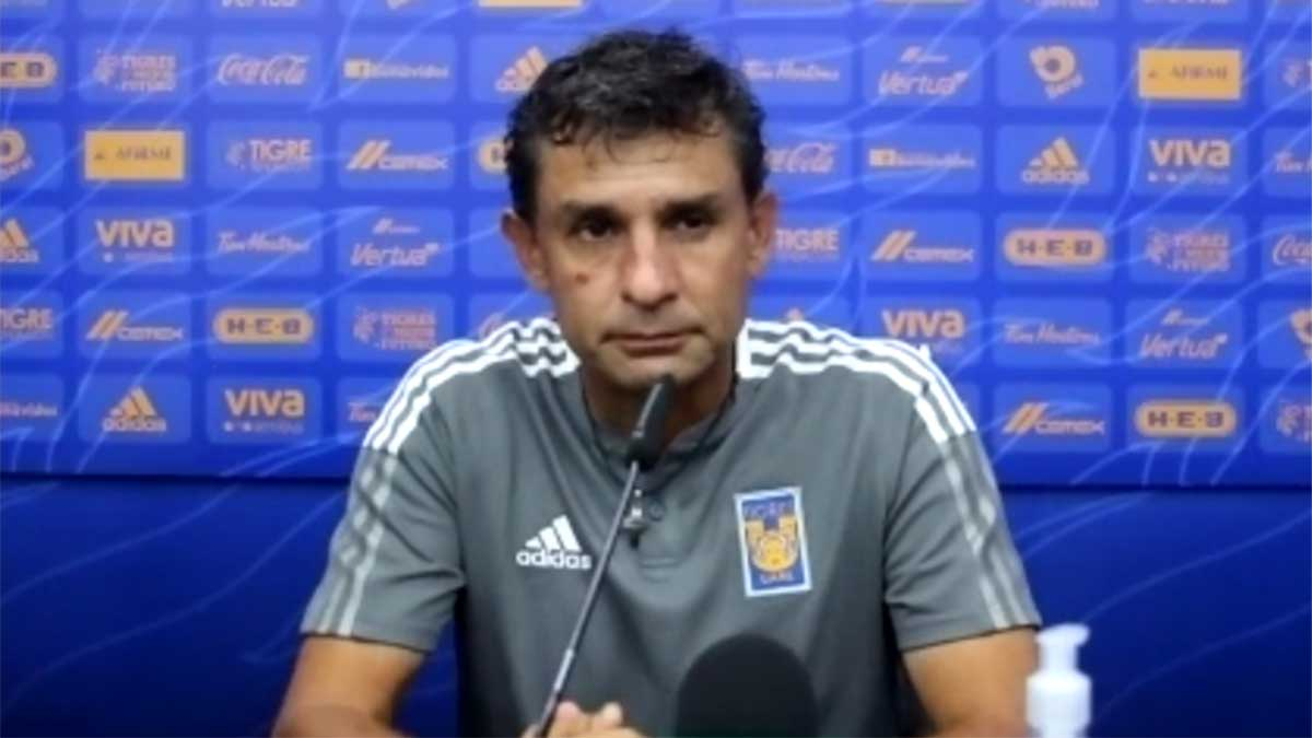 Roberto Medina tiene plantel completo para el Apertura 2021