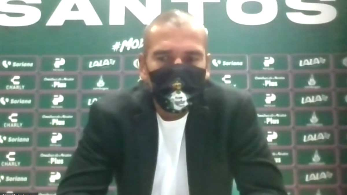 Liga MX Femenil: Jorge Campos disfruta del memorable triunfo de Santos sobre Chivas