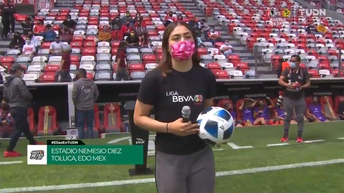 Wendy Toledo, ¿eres tú? La portera participó en el protocolo en Toluca