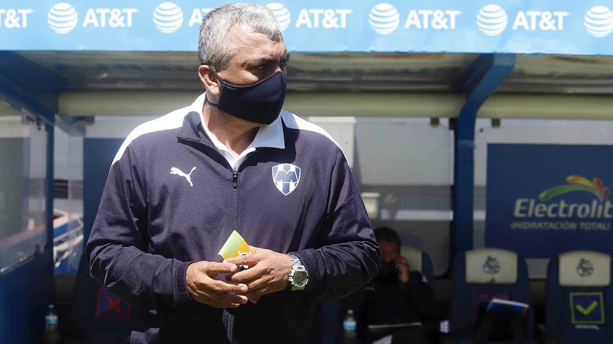 Héctor Becerra, director técnico de Rayadas: No nos debe pasar esto
