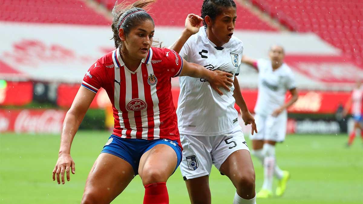Yashira Barrientos estará fuera de acción 9 meses tras grave lesión en la rodilla