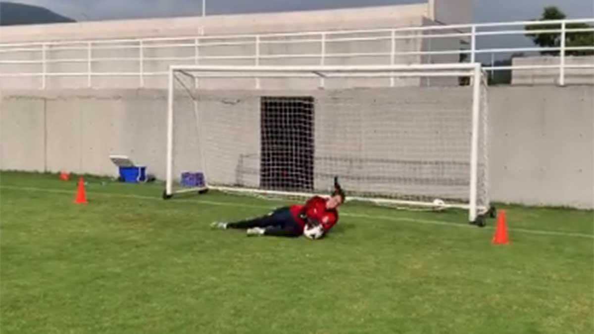 Celeste Espino deja el alma en cada entrenamiento de Chivas femenil